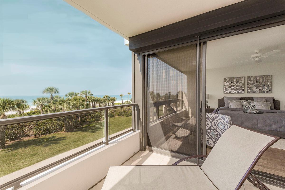 Gulf Front Condominium, Long Boat Key Club