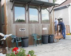 Hart Cabin Patio patio