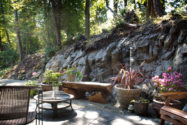 Hasse Haus transitional-patio
