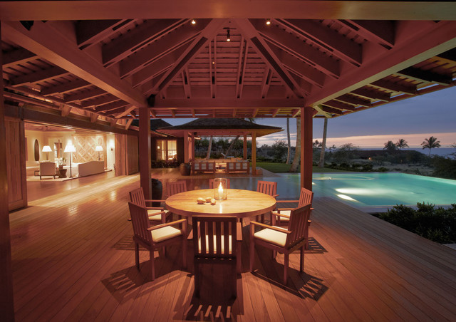 Hawaii Oceanfront Residence tropical-patio