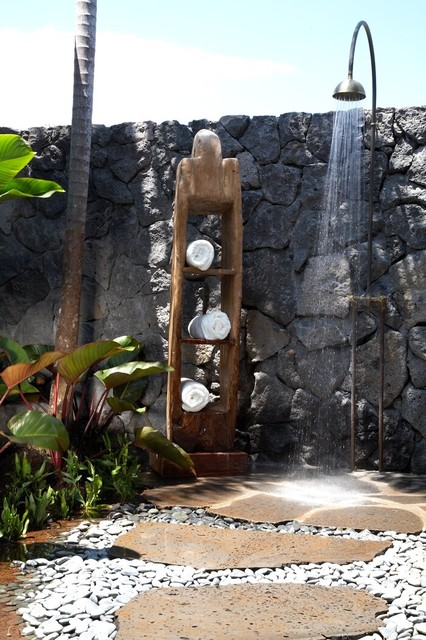 Hawaiian Rustic tropical-patio