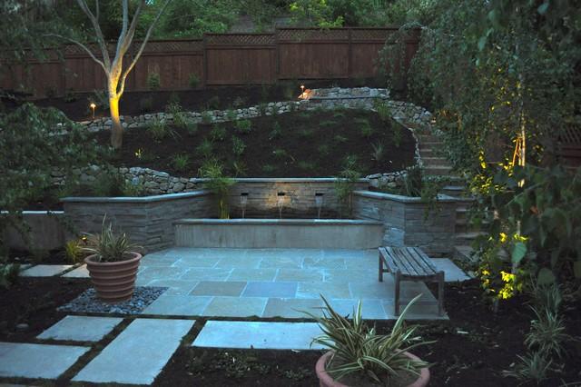 Hawn backyard contemporary-patio