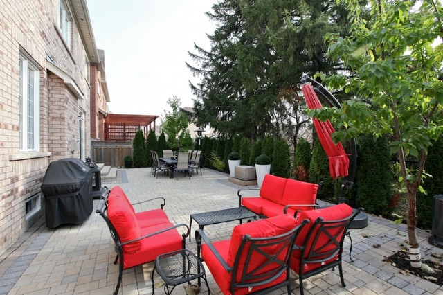 Haywood contemporary-patio