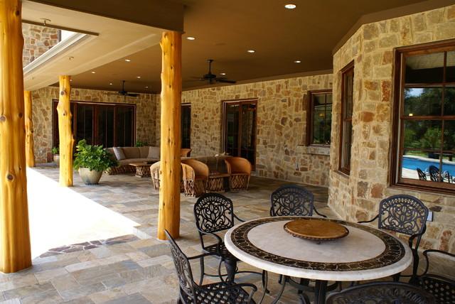 Hempstead Texas Ranch traditional-patio
