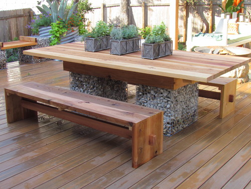 14 picnic tables you have to see to believe the family handyman gabian cage picnic table solutioingenieria Gallery