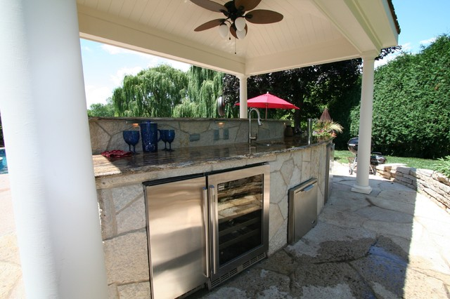 Highland park il shade structure outdoor kitchen bar for Kitchen design 60035