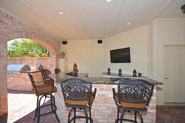 Hintocks traditional-patio