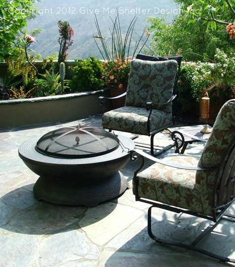 Hollywood Hills traditional-patio