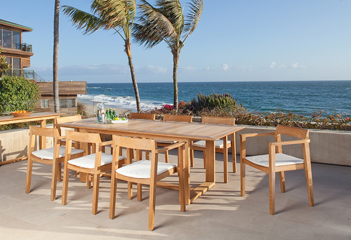 contemporary-patio 15 Beautiful Examples of Teak Furniture Designs