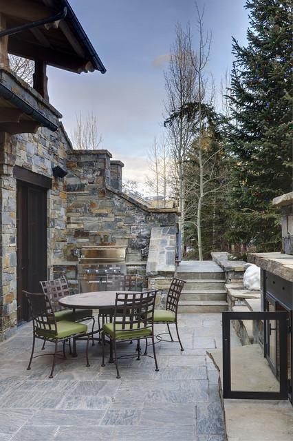 Hornsilver traditional-patio