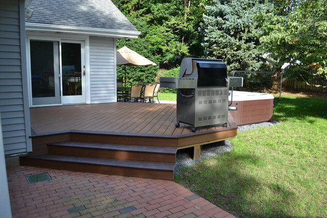 Hot Tub Bullfrog Spas With Trex Deck And Cambridge Paver Patio Traditional Patio New York