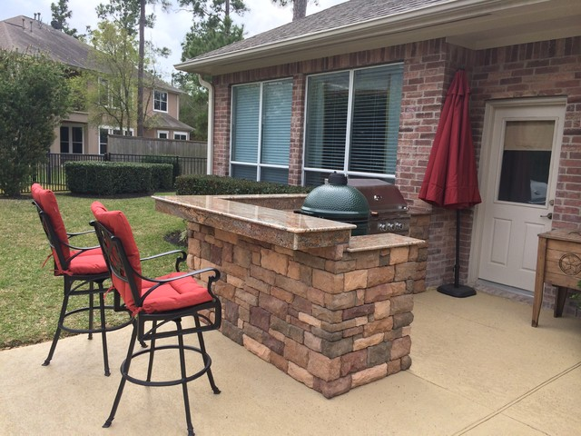 Houston Built In Big Green Egg Nest Island With Bar Seating Contemporary  Patio