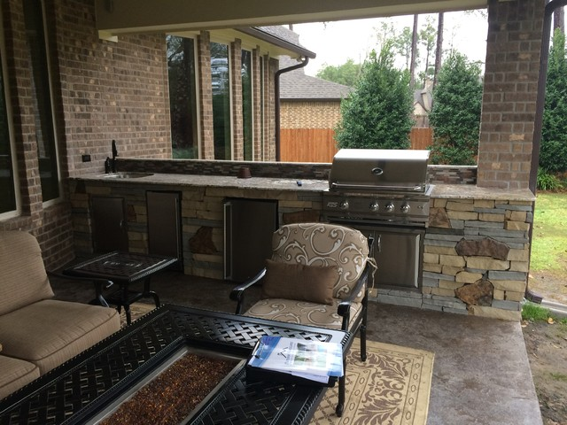 Houston Outdoor Kitchen With Unique Mix Of Stone Contemporary Patio Houston By Outdoor