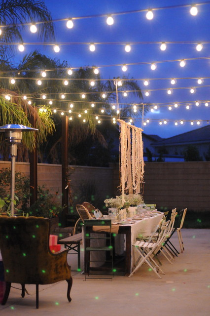 HOUZZ Holiday Contest: A Pretty Backyard DInner Party eclectic-patio