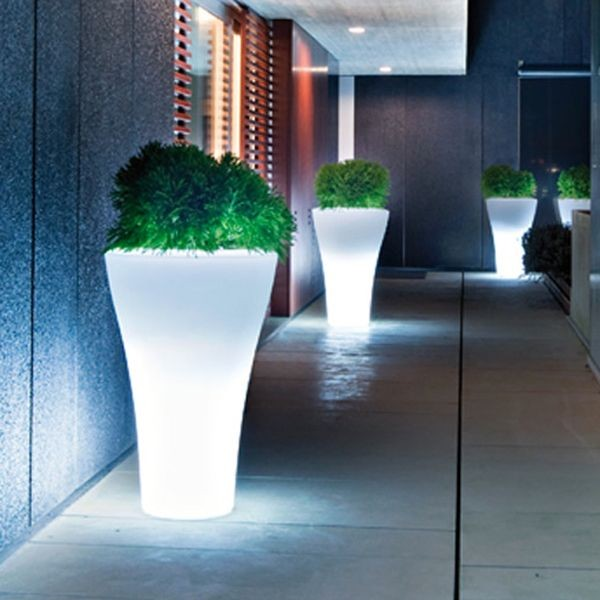 Illuminated Indoor-Outdoor Planters outdoor-pots-and-planters
