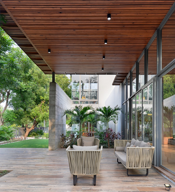 In the lap of nature contemporary-patio