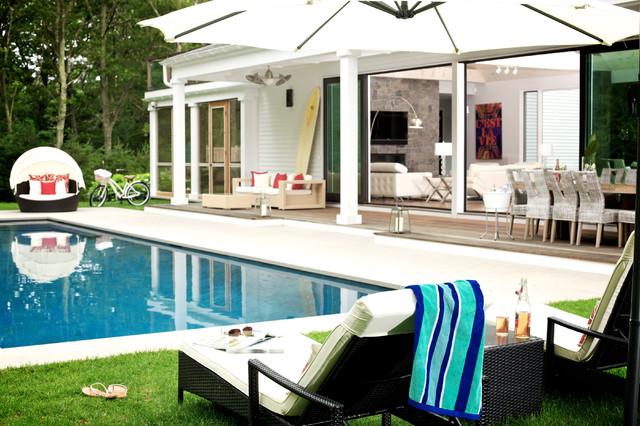 Indoor/Outdoor spaces modern-patio