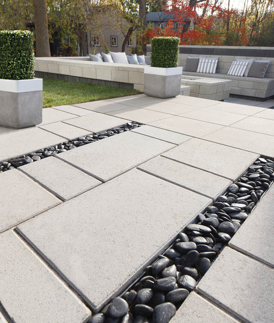 Industria Slab Contemporary Patio
