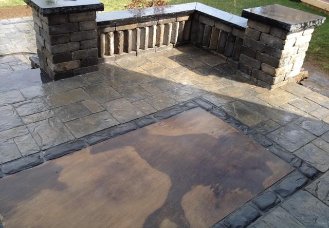 Interlocking Stone Patio Traditional Patio