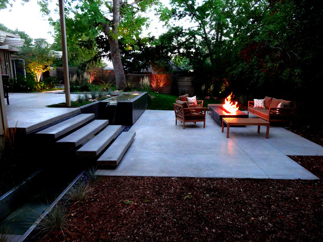 Intimate Modern Landscape With Custom Floating Stairs Contemporary Patio