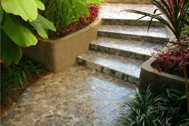 Large Tiles For Backyard : Island Stone Large Random Tile Walkway  Modern  Patio  other metro