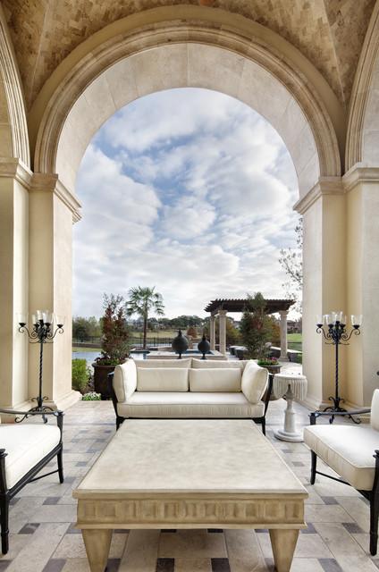 Italian Elegance mediterranean-patio