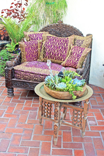 Jhula seat indian patio los angeles by tara design for Outdoor furniture india