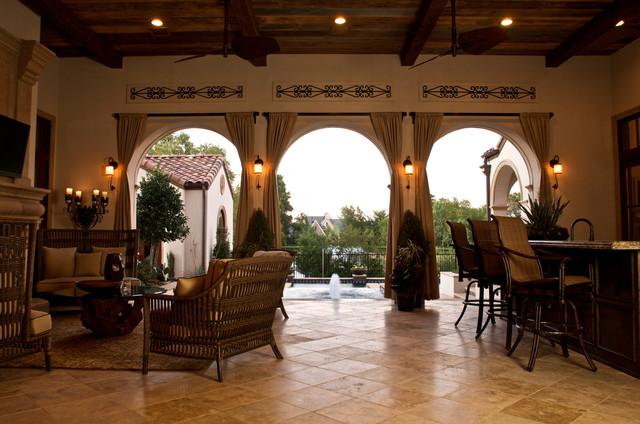 Kaleidoscope of Homes (Simmons Estate Homes) patio