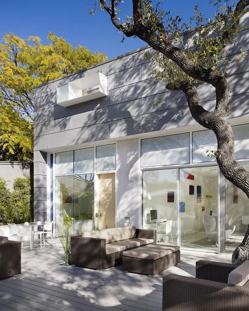 Kimber Modern Boutique Hotel contemporary-patio