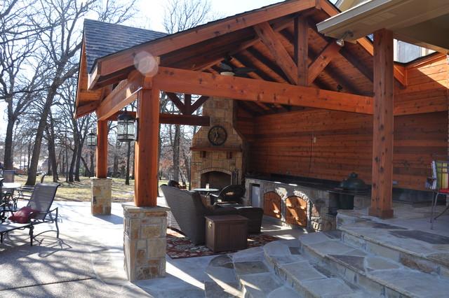 Kingswood traditional-patio