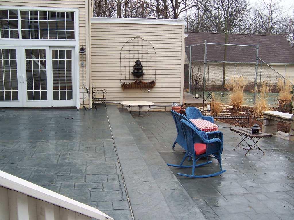 Kirkwood, Missouri Residence 2 teir stamped concrete patio