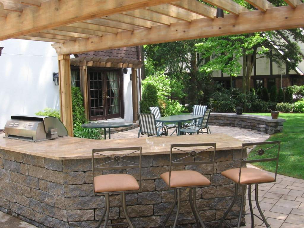 Kitchens & Barbeques For Outdoor Chefs