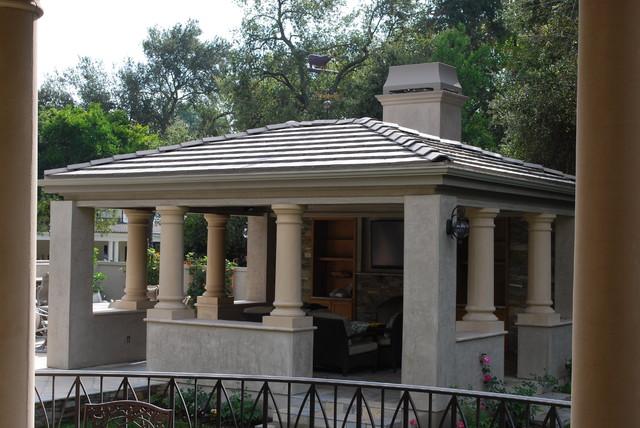 La Canada Residence traditional-patio