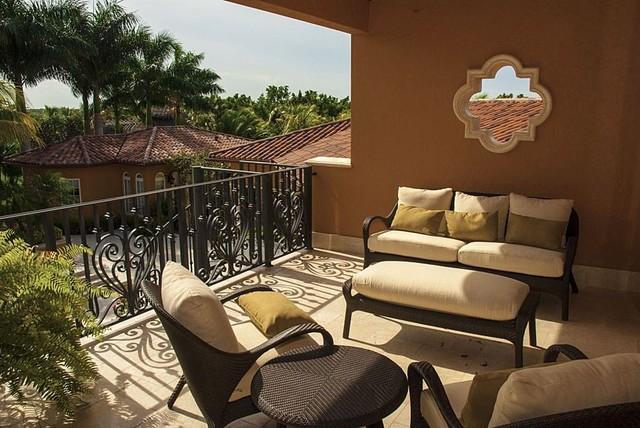 La Casa Grande mediterranean-patio