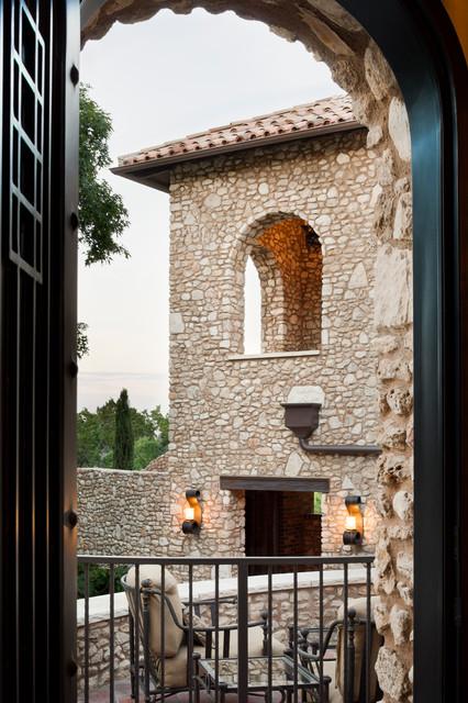 La Corte di Pietra mediterranean-patio