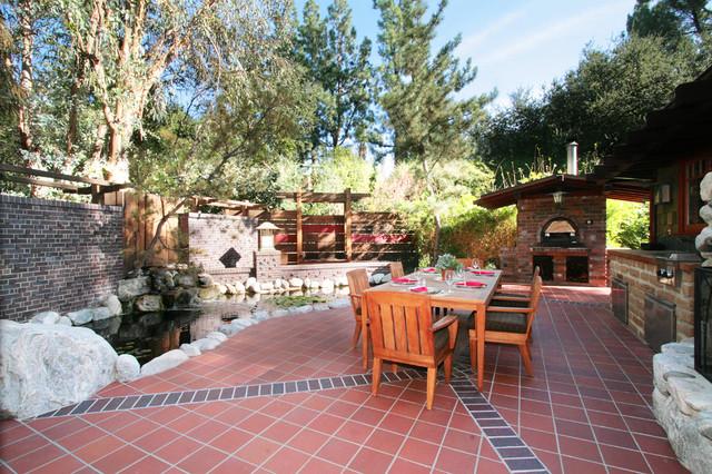 LA FOREST craftsman-patio