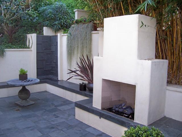 La Jolla on Coast Walk modern-patio