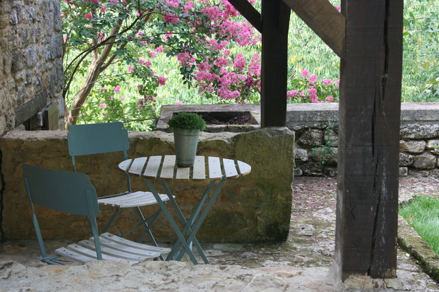 Inspiration for a rustic patio remodel in Seattle