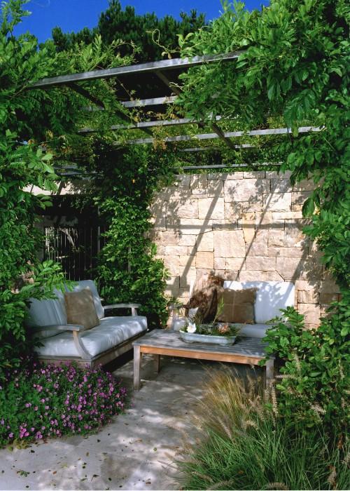 Lagoon Residence @ Belvedere modern landscape