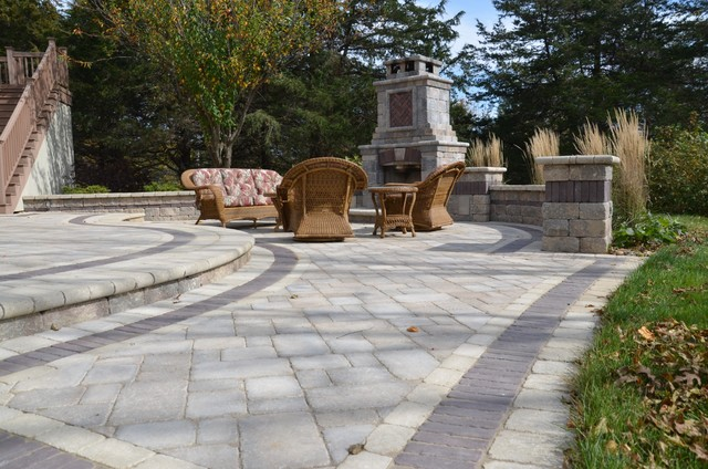 Landscape Projects traditional-patio