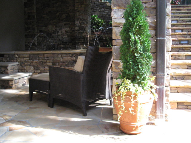 Landscaping traditional-patio