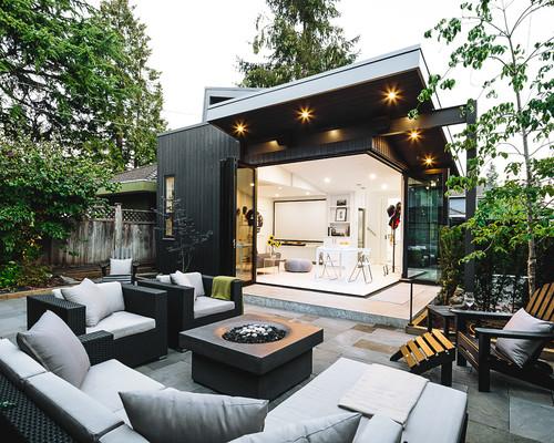 Modern Indoor/Outdoor Scandinavian Design Canada