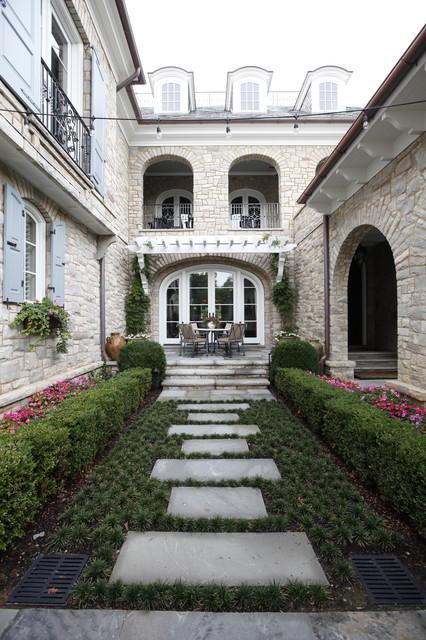 Laurelbrooke traditional-patio