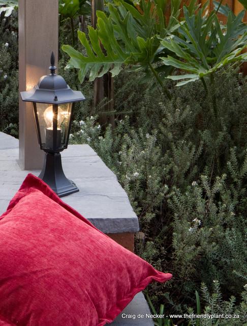Lazy Days contemporary-patio