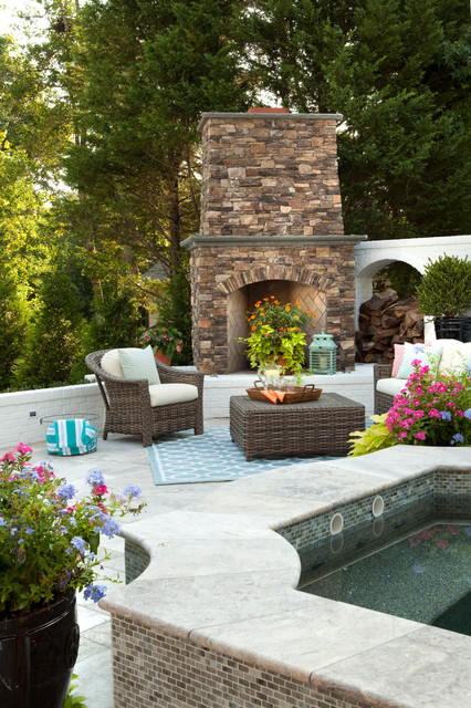 Lennon for Outdoor jacuzzi designs and layouts