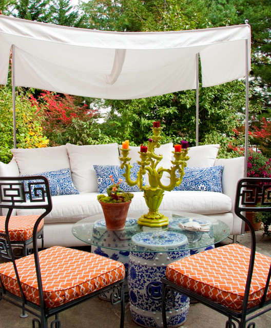 Leslie Hayes Interiors contemporary-patio