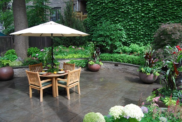 Bluestone Abounds Traditional Patio Chicago By K D