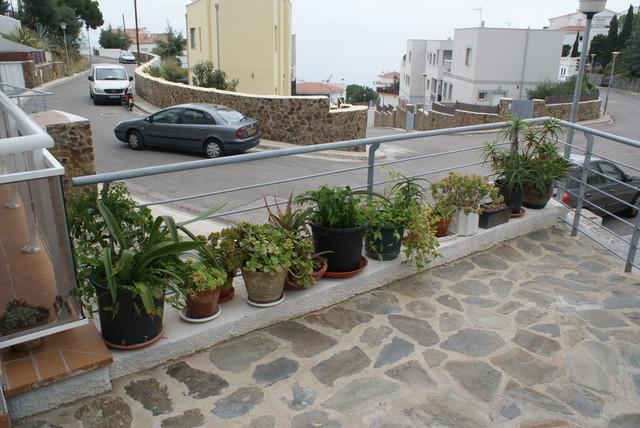 Living space contemporary-patio
