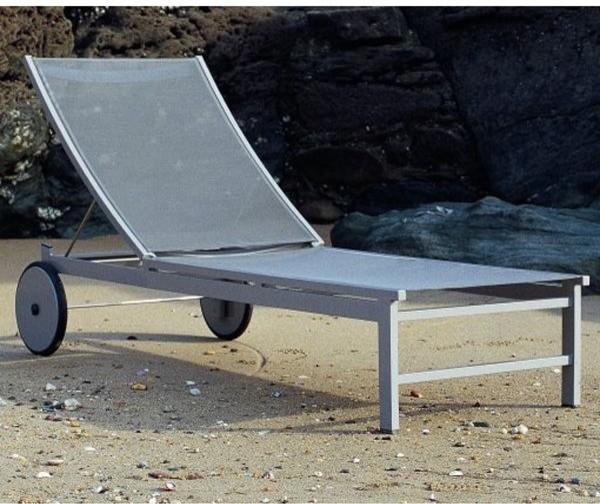 Long beach aluminum chaise lounge outdoor chaise lounges for Beach chaise longue