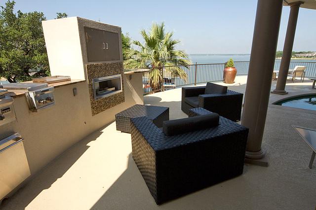 Lopez Project contemporary-patio